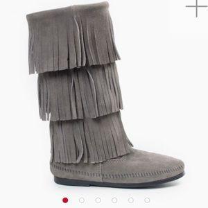 Minnetonka Moccasin Gray 3-Layer Fringe Boot